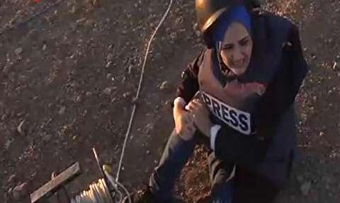 مجروحیت خبرنگار العالم در غزه حین پخش زنده