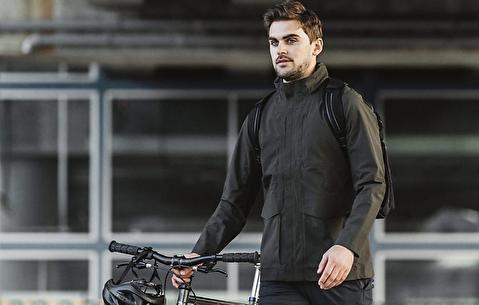 راهنمای پوشاک بارانی برای مردان