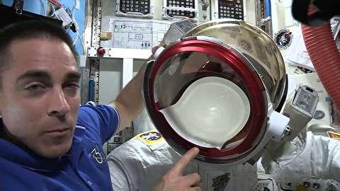 نشتی در کلاه فضانورد در فضا