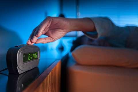 پنج کاری که باید هنگام بیدار شدن انجام دهید