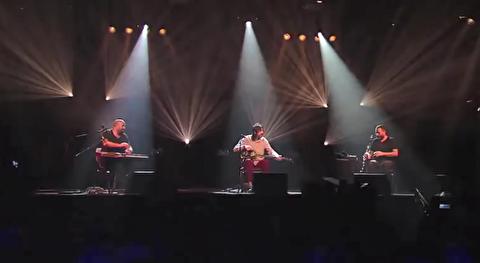 اجرای زنده گروه تکسیم تریو در لورکوزن