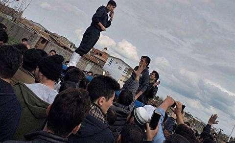سردار آزمون به کمک سیلزدگان گلستان رفت