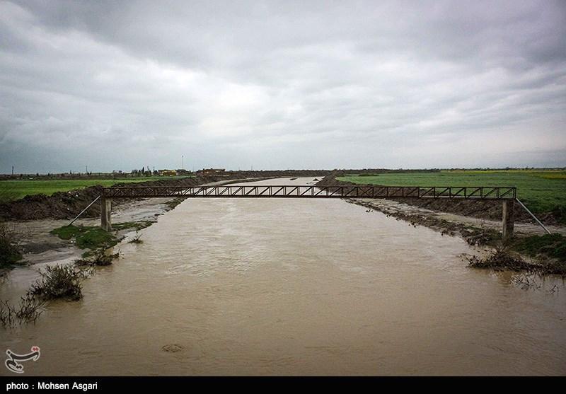 چهارمین روز سیلاب در استان گلستان؛ نیمی از آققلا زیر آب / غیبت استاندار در بحرانیترین زمان گلستان