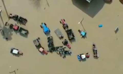 تصاویر هوایی از وضعیت شهر سیلزده آققلا