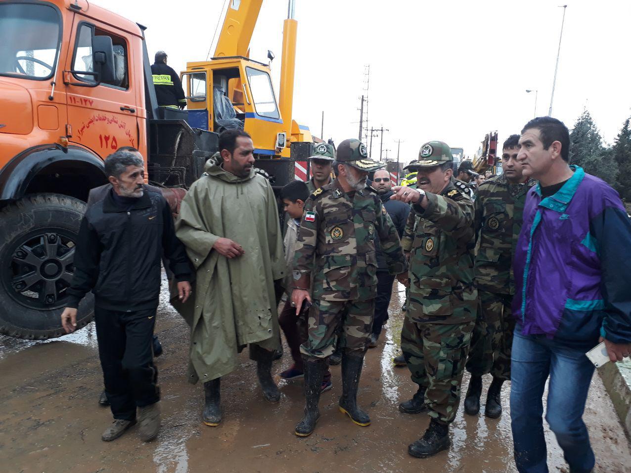 یگانهای ارتش در دروازه قرآن شیراز مستقر شدن