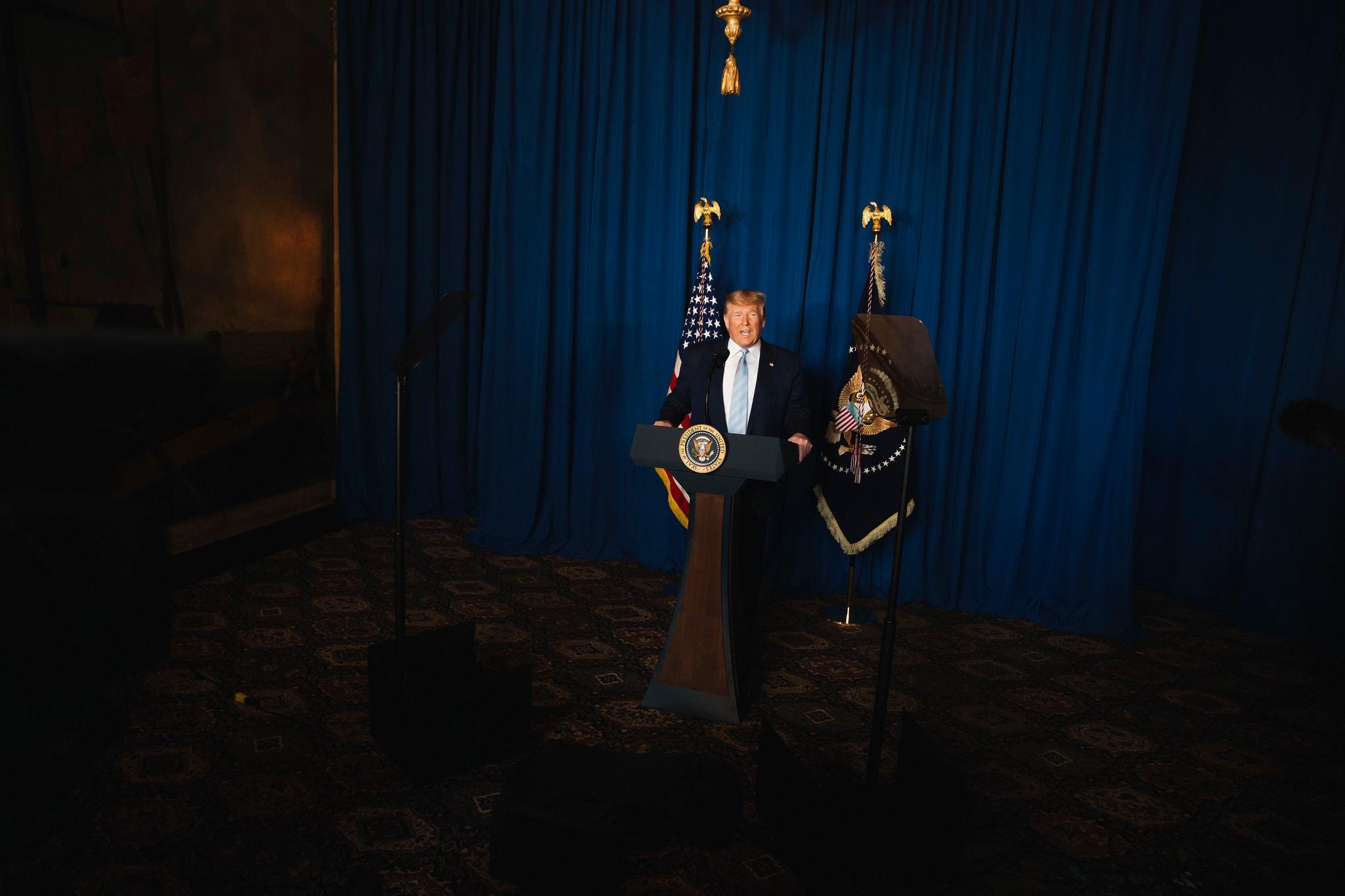 افشاگری نیویورک تایمز از چگونگی تصمیم ترامپ برای ترور شهید قاسم سلیمانی و دروغ پنتاگون و ترامپ در توجیه آن