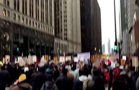 تظاهرات ضدجنگ در شیکاگو