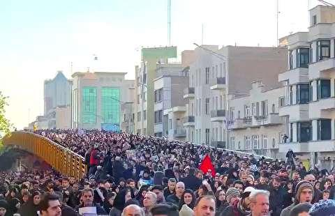 خروش مردم پایتخت در تشییع پیکر حاج قاسم