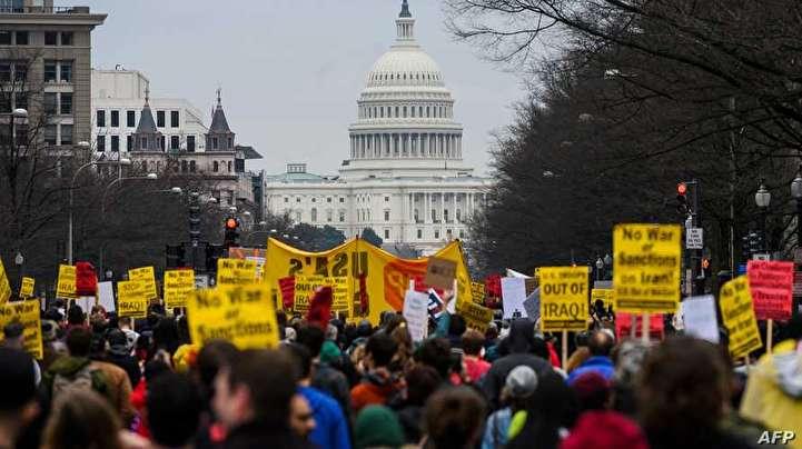 تظاهرات ضدجنگ با ایران در مقابل کاخ سفید