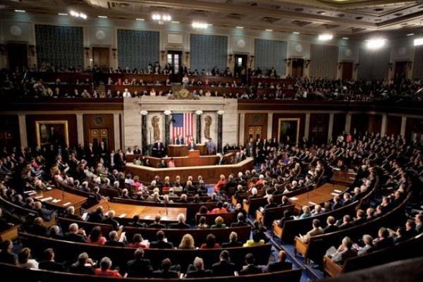 اصابت چند راکت به منطقه سبز بغداد/رای مجلس نمایندگان آمریکا درباره کاهش اختیارات جنگی ترامپ/واکنش بنسلمان به حمله موشکی تلافیجویانه ایران/گفتگوی تلفنی ترامپ و نتانیاهو درباره حمله موشکی به عین الاسد