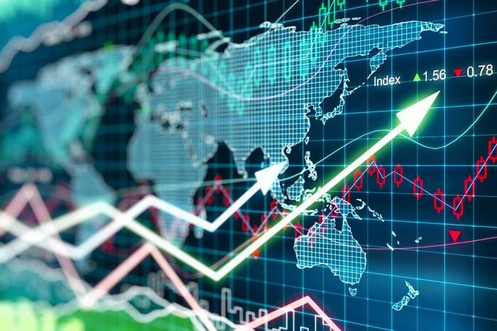 رونق بازارها در روزهای نزدیک به کریسمس