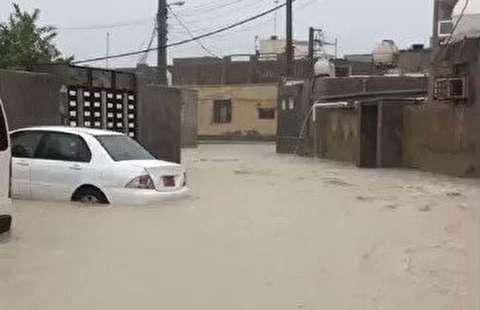 سیل در قشم پس از بارش شدید باران