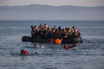 غرق شدن ۱۱ مهاجر در سواحل غربی ترکیه