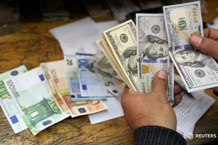 قیمت دلار و یورو امروز پنجشنبه 26 دی 98/ نوسان دلار در میانه کانال 13