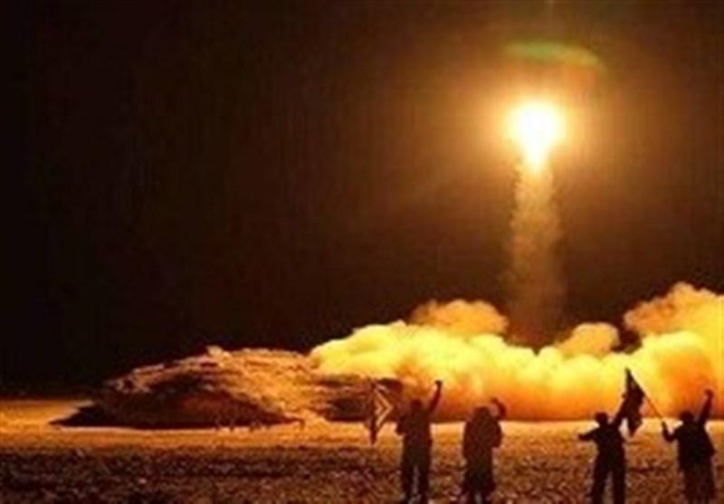 راز پرواز هواپیمای ردیاب هسته ای آمریکایی بر فراز عراق/۶۰ کشته و ۵۰ زخمی در حمله ارتش یمن به مأرب/افزایش شمار زخمی های ناآرامی بیروت به ۲۲۰ نفر/یورش سنگین تروریستها به ارتش سوریه در ادلب