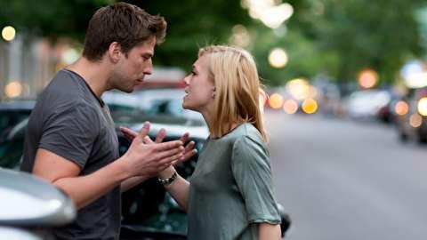 چگونه رفتارهای بد همسرمان را به او گوشزد کنیم؟