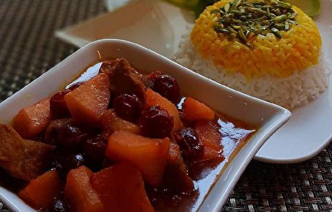 دستور پخت خورش سیب و آلبالو