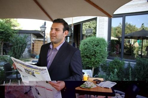 عزیزی خادم در انتخابات فدراسیون فوتبال از کدام کاندیدا حمایت میکند؟