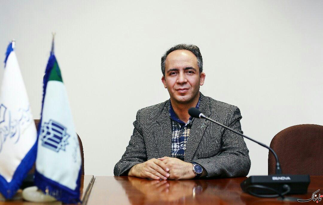 رانت دلار ۴۲۰۰ تومانی در تاریخ ایران ثبت شد/ کمیسیون اقتصادی واقعا منفعل عمل کرد