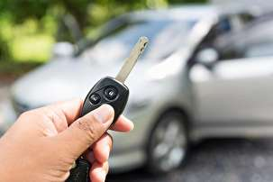 Top 5 Reasons Why You Need an Automotive Locksmith