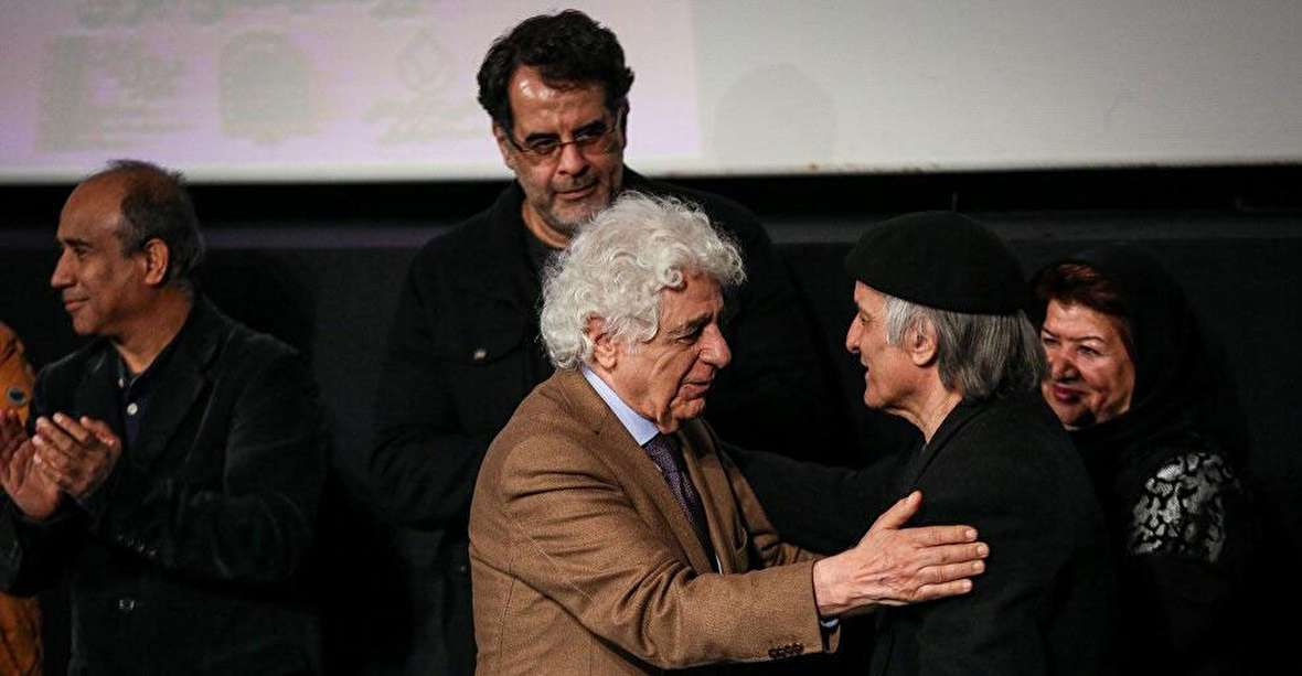 جشنواره فجر قتلگاه بعضی فیلمها میشود / اختتامیه جشنواره، عملاً مراسم ختم سینمای ایران بود / جشنواره را پس میگیریم