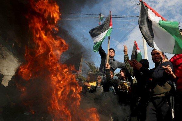 محمود عباس: معامله قرن به زباله دان تاریخ میپیوندد / اردن: الحاق کرانه باختری به اسرائیل تبعات خطرناکی خواهد داشت / وزارت خارجه ایران:  آمادهایم به منظور مقابله با توطئه بزرگ همکاری کنیم