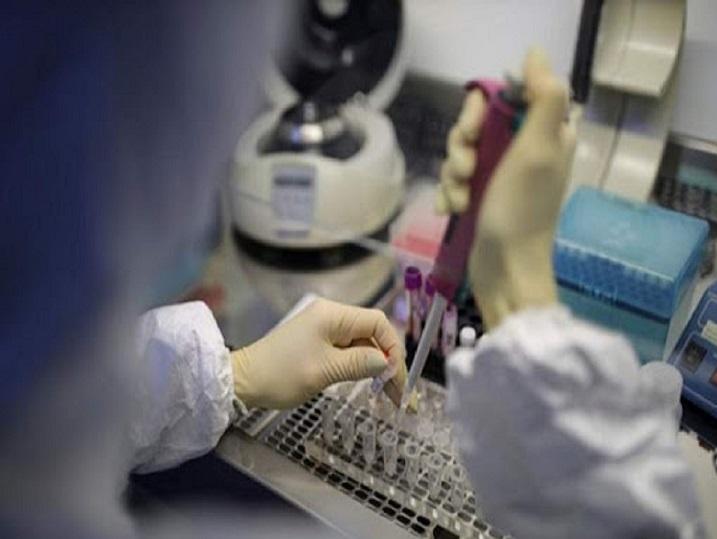 کیتهای تشخیص را روزانه توزیع کرده و رصد میکنیم/ تست کرونا برای افراد سالم هیچ ارزشی ندارد/ به هیچ وجه به ما مراجعه نکنید