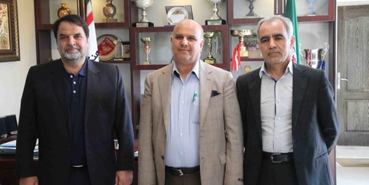 پافشاری بهاروند برادامه کارخودش و بازنشستههای فوتبال