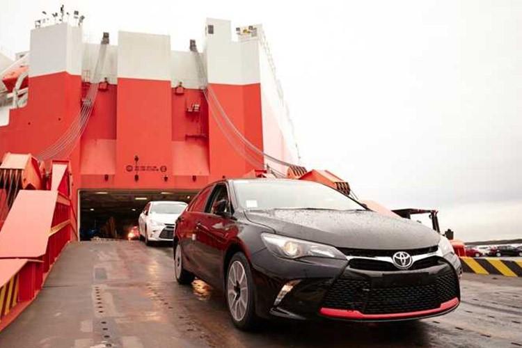 چقدر میتوان روی واردات خودرو در سال آینده حساب باز کرد؟ موافق و مخالف چه میگوید؟