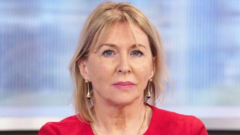 معاون وزیر بهداشت انگلیس به کرونا مبتلا شد