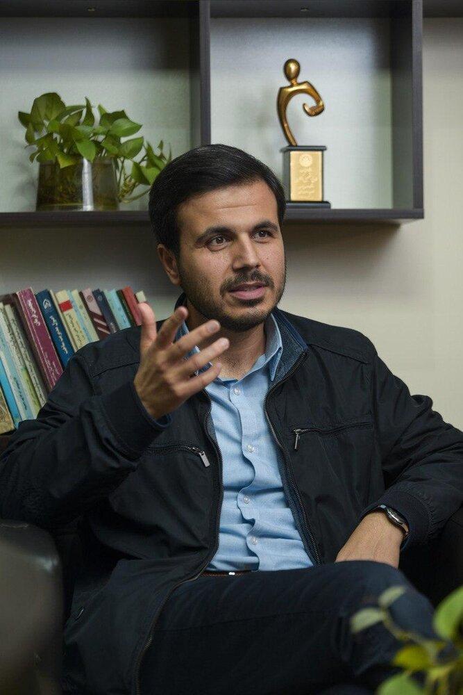 یک جوان، در میان پنج نفر رأی اول تهران قرار گرفت