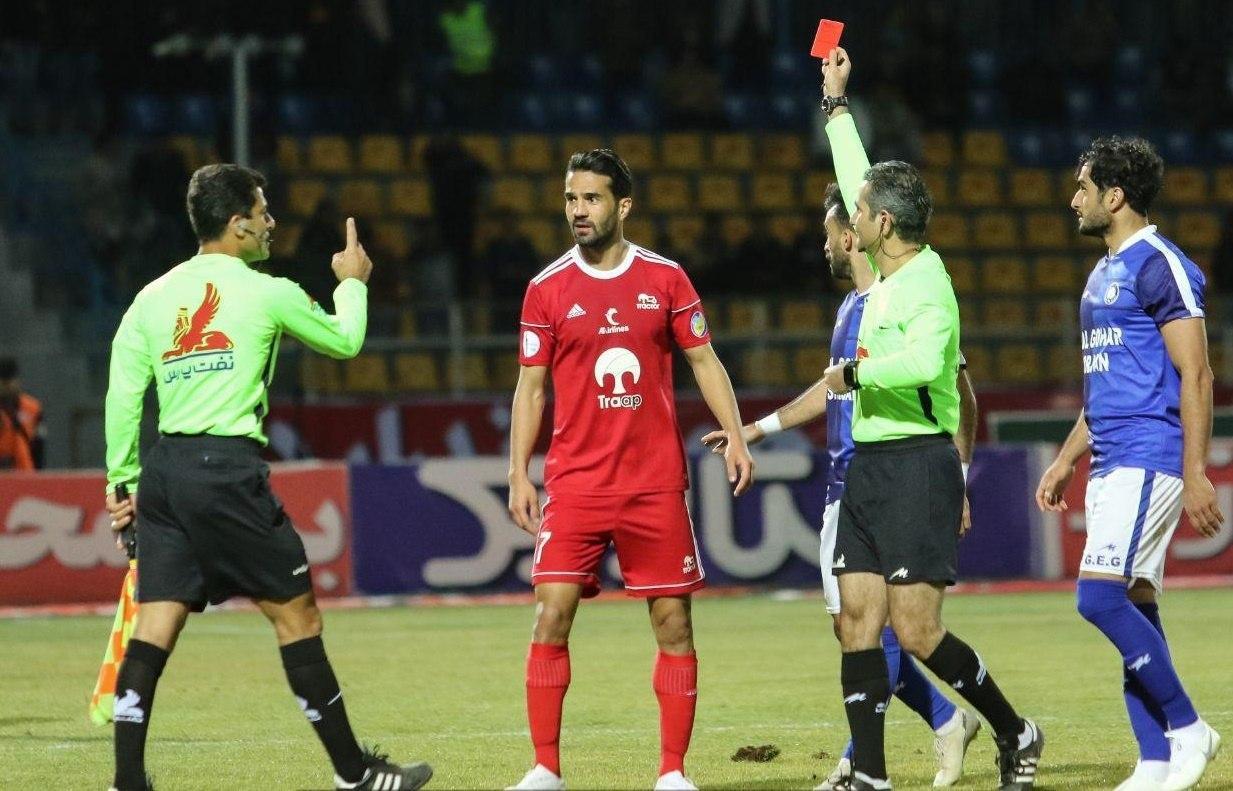 کاپیتان تیم ملی فوتبال ۳ بازی محروم شد