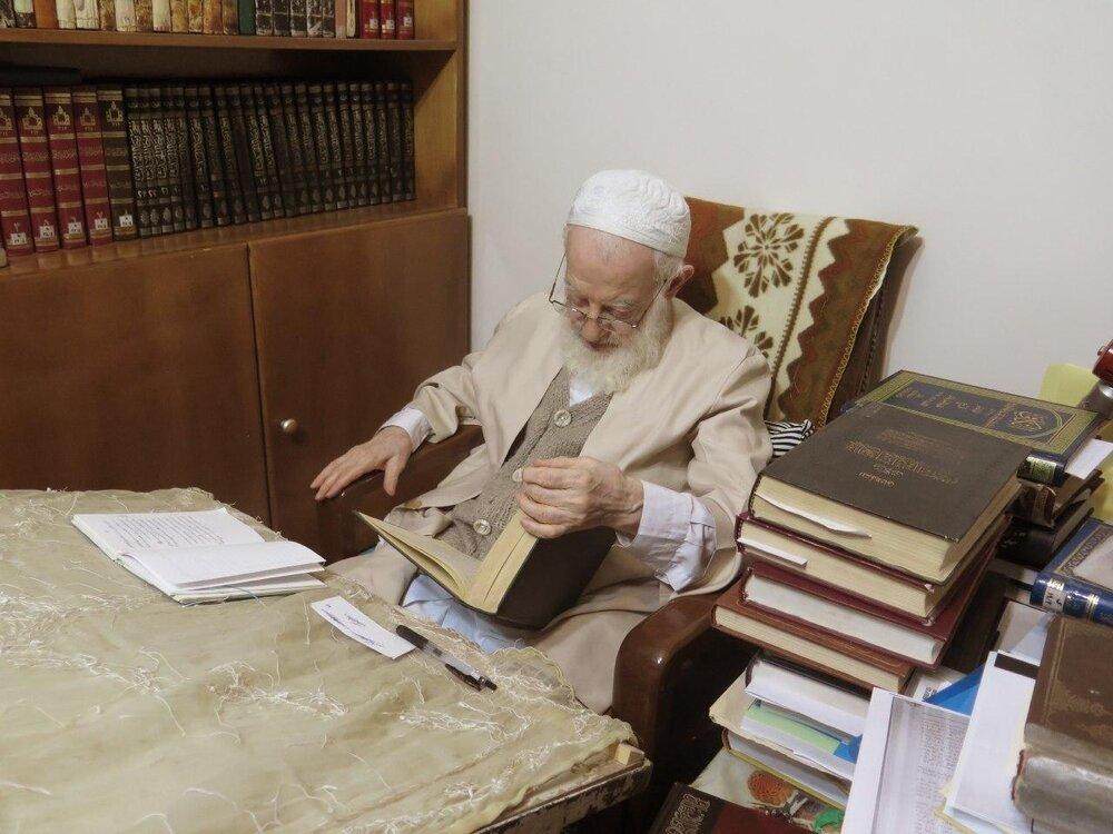 تصویر آیت الله شبیری زنجانی پس از شایعه قرنطینه