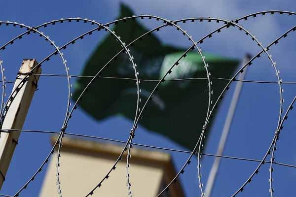 رایزنی سناتورهای آمریکایی با اروپا درباره طرحی برای جایگزینی برجام/ صدور حکم اعدام برای یک عربستانی به ادعای جاسوسی برای ایران سخنان مداخلهجویانه پامپئو درباره «کرونا» در ایران/تحریم۱۳ فرد و نهاد در روسیه، چین، عراق و ترکیه از سوی آمریکا