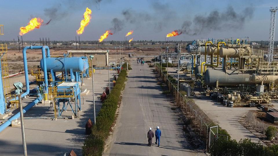 توقف کامل سوآپ نفتی ایران و عراق بعد از ۶ ماه اجرا؛ آیا پای آمریکاییها در میان است؟