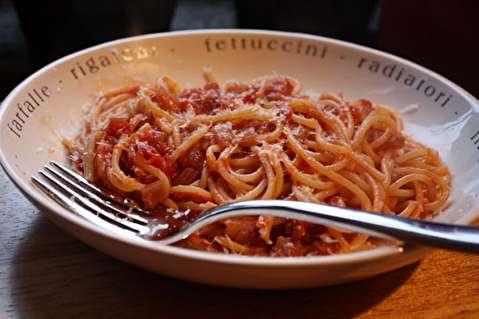 طرز تهیه اسپاگتی آرابیاتا