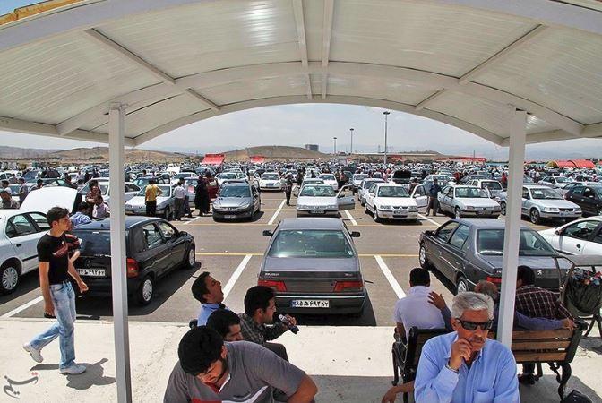یک روز آزادسازی قیمت خودرو با فرمول وزارت صنعت و حالا نرخ گذری با فرمول شورای رقابت/ آیا قیمت گذاری دستوری جواب خواهد داد؟