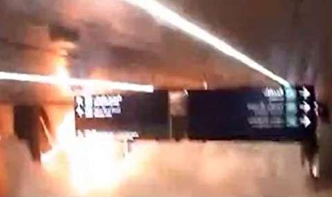 لحظه انفجار موشک یمن در فرودگاه عربستان