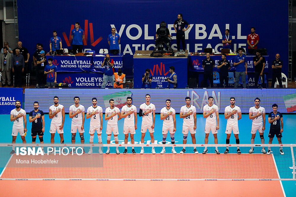 جیمیجامپ در بازی والیبال ایران و روسیه