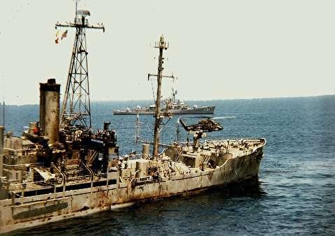 حمله اسرائیل به ناو آمریکایی یواساس لیبرتی
