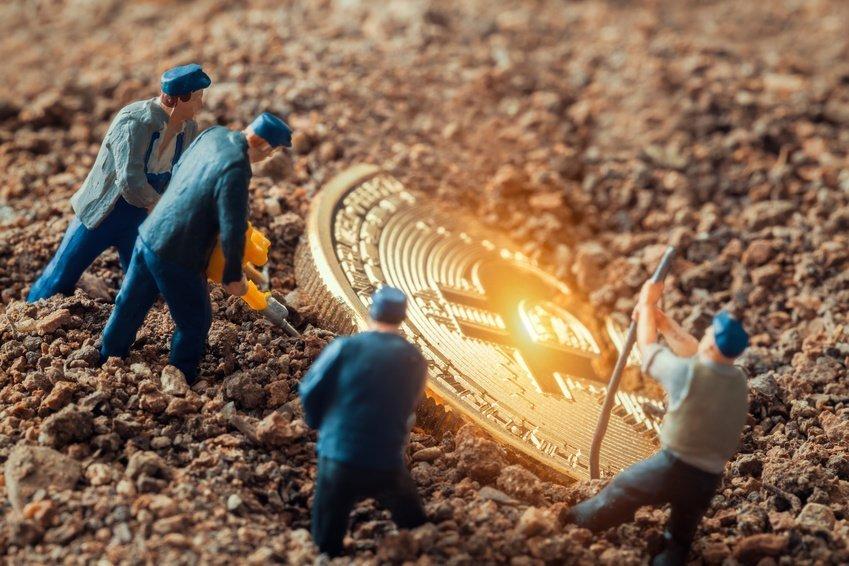 سوءاستفاده از برق صنعتی و کشاورزی در مزارع استخراج ارز دیجیتالی، آیا پای چینیهای در میان است؟