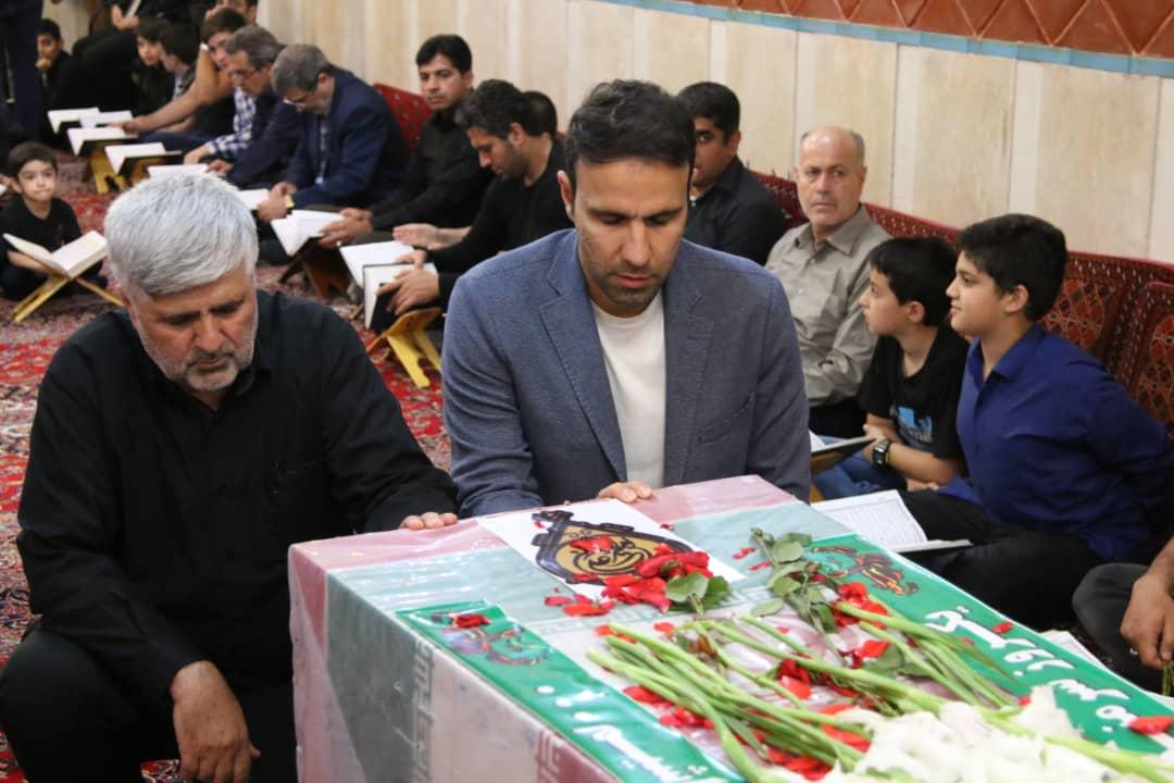 ادای احترام سرپرست پرسپولیس به مقام شهید گمنام در دارالقرآن شهید سامانی