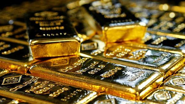 طلا در بازارهاي جهاني ارزان شد