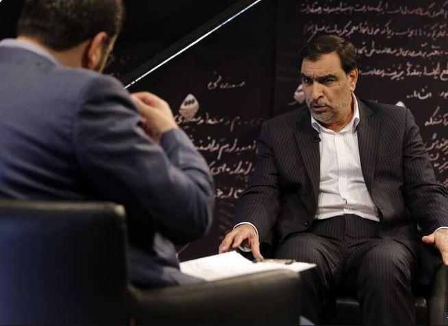 جایی را کشف کردیم که حقوق بالای ۳۲ میلیون تومان پرداخت میکرد/سال ۸۸ از مدیران دولت احمدی نژاد بودم، ولی به محسن رضایی رای دادم/هیچ کس از من نخواست آمارها را دستکاری کنم