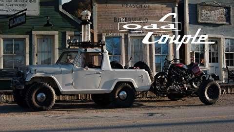 جیپ کاماندو مدل 1967 و موتورسیکلت دوکاتی ام 900 مدل 1994