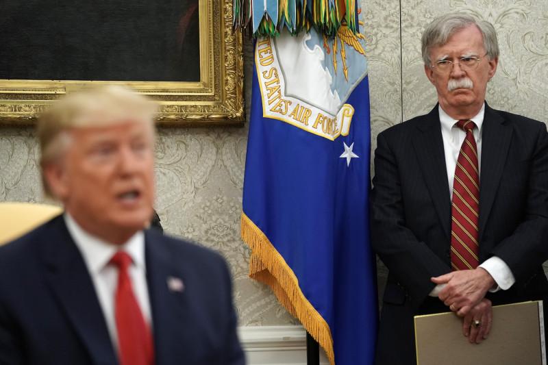 آخرین تلنگر به سقوط و تنزل بولتون در فرآیند تصمیم سازی ترامپ