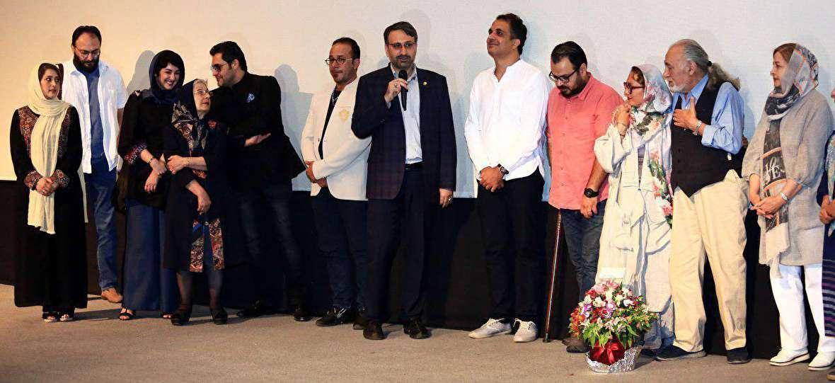 شهرداری یک بنر به سینما نمیدهد اما جشنواره فیلم شهر برگزار میکند!