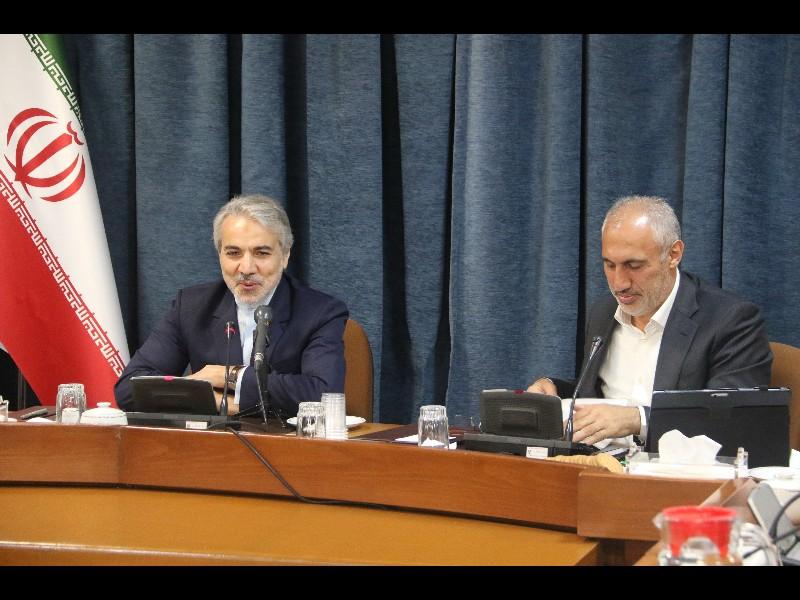دولت سیاست ارز ۴۲۰۰ تومانی را ادامه خواهد داد