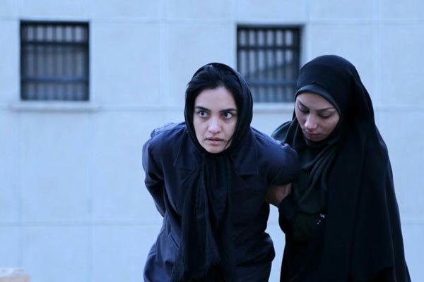 ناصر محمدخانی میتواند مانع از اکران فیلمی شبیه به زندگی خود شود؟
