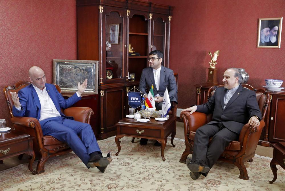 وزیرورزش:فیفاخواهان حضورِزنان دربازیهای ملی است